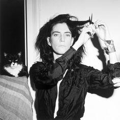 Patti Smith - Haircut. One Fifth Avenue, 1978
