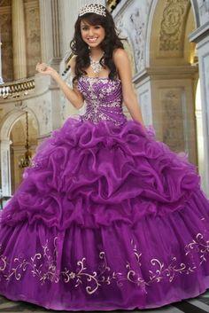 Preciosos Vestidos de Fiesta de 15 Años de varios colores