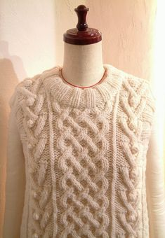 Hand knitted Natural White Aran Cable knit Bobbles Fisherman's Sweater Vest Oversized Boxy Relax fit US 8 - US 9 Large COCOdake COuture Best Christmas Gifts, A Christmas Story, Gift Suggestions, Knitting For Beginners, Couture Collection, Cable Knit, Hand Knitting, Swatch, Relax