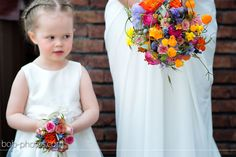 Bruidsboeket van Ineke en dochter Yfke  bob-photos.com