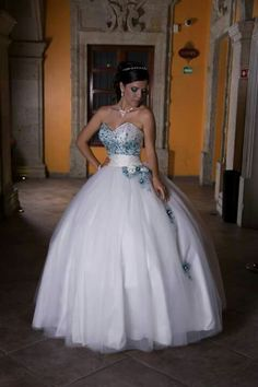 Vestido de novia Ball Gowns, Prom, Formal Dresses, Hair, Makeup, Fashion, Frases, Bridal Gowns, Boyfriends