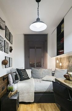 30 Awesome Small Bedroom Decorating Ideas On A Budget - Bedroom Decor Small Bedroom Ideas On A Budget, Small Bedroom Designs, Small Room Design, Budget Bedroom, Small Room Bedroom, Trendy Bedroom, Small Rooms, Small Apartments, Home Decor Bedroom