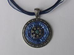 Medaillonketten - Collier aus Nespressokapseln in Metallfassung - ein Designerstück von schmuckkreation-petra bei DaWanda