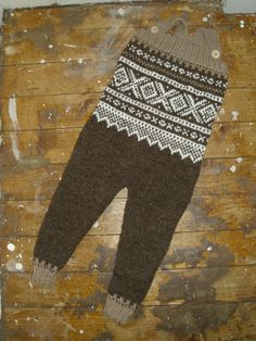 Snekkerbukse 'Marius' i alpakka - Epla Baby Knitting, Knit Crochet, Owl, Children, Knits, Pattern, Babies, Design, Life