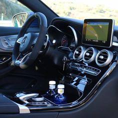 Mercedes-Benz C 63 [S] AMG coupé (Instagram @mercedesbenz)