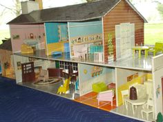 "Vintage ""Marx Tin Litho Colonial Doll House w x Addition 42 Pcs Furniture 