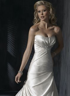 Rosa Clara Bridal Gown Style - Laila