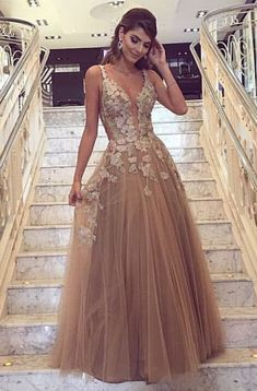 A-Line Deep V-Neck Champagne Tulle Prom Dress with