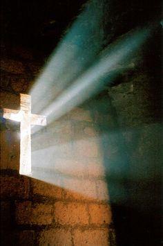 Dentro de uma igreja rocha talhada, Bet Medhane Alem, Lalibela, Etiópia Por Stringendo