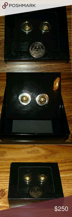 Authentic GIANNI VERSACE earring Beautiful Gianni Versace earring, made in Italy my sister bring get to me from Italy two tones Versace Jewelry Earrings