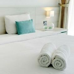 We are offering best linen hire and laundry service in London.