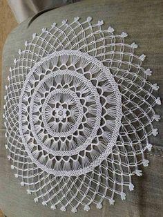 Details about Vintage Crochet Pattern Easter Doily Centerpiece Mat Easter Crochet Patterns, Crochet Art, Crochet Home, Filet Crochet, Irish Crochet, Crochet Motif, Vintage Crochet, Lace Doilies, Crochet Doilies
