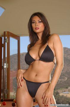 Girl models nn bikini