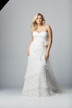 Gosh Watters is really winning this season. The gorgeous dresses from the La Dolce Vita Collection are available in beautifully proportioned fits up to size 32W. The Wtoo Curves collection will be featured on the Watters website to help plus size brides better visualize the fit of the dresses.
