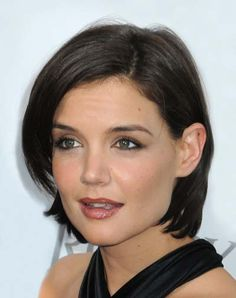 *** Hmm, I like that this is a little bit longer*** via Top 10 Short Celebrity Hairstyles of 2009