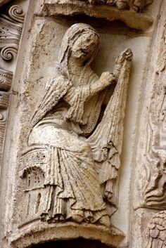 Masonic Symbols, Gothic Architecture, Romanesque, 12th Century, Kirchen, Middle Ages, Statues, Notre Dame, Renaissance