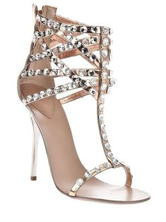 Sexy shoes for men & women. Sexy Shooz sells Sexy Shoes, High Heeled shoes and Stiletto heels. Stilettos, Pumps, Prom Shoes, Wedding Shoes, Cute Shoes, Me Too Shoes, Diamante Sandals, Silver Sandals, Studded Sandals