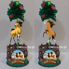Caballo Spirit, Christmas Ornaments, Holiday Decor, Birthday, Biscuit, Party, Ideas, Horse Birthday Parties, Farm Birthday