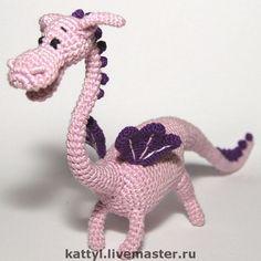 Купить Дракон - дракон, игрушка, Вязание крючком, подвижная игрушка, бледно-сиреневый, яйцо от киндера