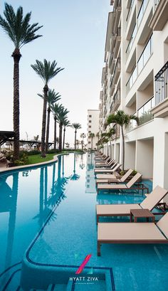 Get ready to step out of your room and into the pool in one of our 33 swim up suites. Just one of the perks of an all inclusive vacation at Hyatt Ziva Los Cabos, Mexico.
