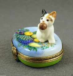 NEW FRENCH LIMOGES BOX CUTE TRI-COLOR CALICO KITTY CAT KITTEN PLAYING W BALL | eBay