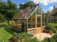 10 x 14 Kingsbromley Cedar Timber Greenhouse