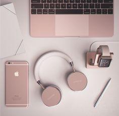 Top Gadgets, Office Gadgets, Kitchen Gadgets, Mobiles, Wireless Headphones, Bluetooth, Macbook Pro 13 Pouces, Macbook Apple, Affordable Laptops