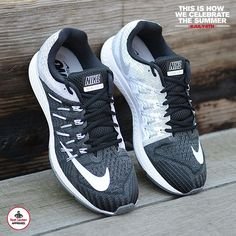 Nike Air Zoom Structure 20 (Wide) Men's Running Shoe. Nike