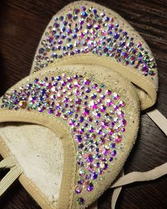Gymnastics Suits, Rhythmic Gymnastics, Gymnastics Pictures, Ballet, Cheerleading, Costumes, Gymnastics Leos, Shoes, Knits