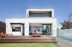 Дизайн дома, стирающий грани между внутренним и наружным + (Видео)