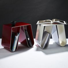 designer Philipp Kaefer; made ​​with several sheets of painted metal