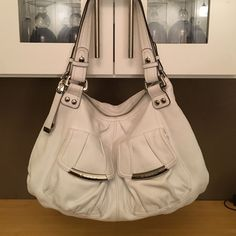 5cbff2586f B Makowsky Purse NWOT. Beautiful winter white pebbled leather purse in  perfect condition.
