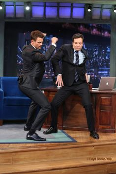Jimmy and Josh Duhamel bust a move #latenight #joshduhamel #jimmyfallon