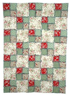 Easily finished in a day or two. Make a Four-Patch Rag Quilt with This Easy Pattern: Learn How to Make an Easy Rag Quilt