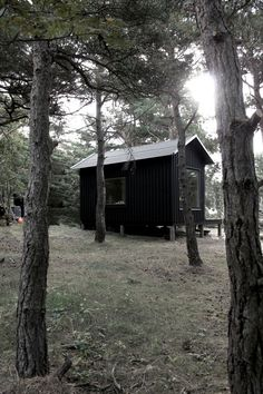 Ermitage by Septembre By Holly - Categories: Bedroom, Houses, Terrace, Unique Design   Add a comment Paris-based architectural firm Septembre has created Ermitage. Completed in 2013, this 215 square foot wooden cabin includes a bedroom and a sauna. It is located in a secluded spot on the island of Trossö, Sweden.