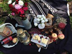 Rustic outdoor picnic Rustic Outdoor, Tablescapes, Wedding Reception, Picnic, Table Decorations, Marriage Reception, Table Scapes, Wedding Receiving Line, Picnics