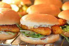 Fisch Burger, ein schönes Rezept aus der Kategorie Fisch. Bewertungen: 82. Durchschnitt: Ø 4,1.