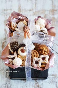 10 przepisów na drobne ciasteczka świąteczne