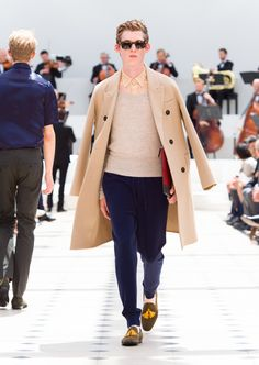 Burberry Spring/Summer 2016. Wool Chesterfield in camel, cherry leather document case and olive suede tassel loafers