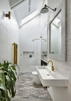 Modern Farmhouse, Rustic Modern, Classic, light and airy master bathroom design tips. Bathroom makeover some ideas and master bathroom renovation a few ideas. Dream Bathroom, House Design, Bathroom Inspiration, Amazing Bathrooms, Bathrooms Remodel, Beautiful Bathrooms, Tile Bathroom, Bathroom Design, Contemporary Bathroom
