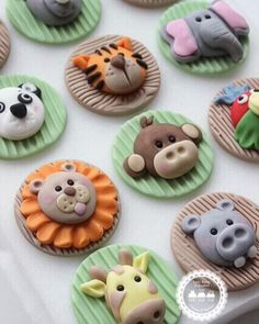 "207 Likes, 10 Comments - LadyBerryCupcakeSchool (@ladyberrycupcakes) on Instagram: ""How do you fancy learning to make a collection of Jungle cuties? Our Jungle Class is running on…"""