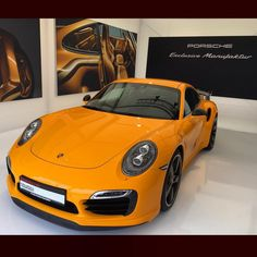 Signal Yellow paint to sample Turbo 911