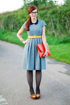 One Dress, Four Ways: Job Interview Outfits (Part 3).  http://notdressedaslamb.blogspot.com.es/2012/10/one-dress-four-ways-job-interview_11.html?showComment=1350060391323#c1264927273687068906