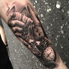 Tatuajes para hombre en el antebrazo