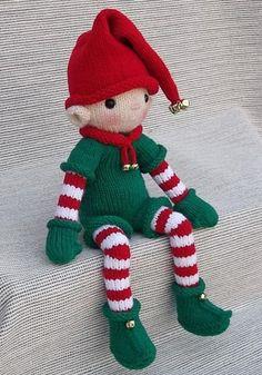 Christmas Elf Knitting pattern by Rainebo – Tricot d'été Knitted Dolls, Crochet Dolls, Knitting Projects, Crochet Projects, Christmas Elf Doll, Christmas Suit, Christmas Yarn, Animal Knitting Patterns, Christmas Crochet Patterns