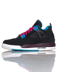 JORDAN Girl's mid top sneaker Lace up front closure Contrasting colors Padded tongue with JORDAN logo Mesh detail Cushioned sole for ultimate comfort Nice Jordans, Black Jordans, Jordans Girls, Girls Basketball Shoes, Basketball Players, Back To School Shoes, Jordan Logo, High Fashion Models, Running Shoes Nike