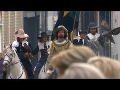 Pour fêter le retour au musée du chef-d'oeuvre de Rembrandt La ronde de nuit, une toile à l'huile de 1642, représentant l'une des milices citoyennes d'Amsterdam, mesure 3,79 m sur 4,53 et pèse 337 kg, le Rijksmuseum et la banque ING Direct ont réalisé un flashmob reprenant les personnages historiques de ce tableau dans une mise en scène tonique sous les yeux des passants interloqués. http://ing.nl/rijksmuseum.