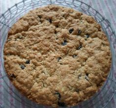 The English Kitchen: Blueberry Oatmeal Cookie Pie
