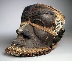 Bwoom+Mask,+Bushoong+Kuba+Culture,+from+Lulua+Province,+Democratic+Republic+of+the+Congo,+late+19th+or+early+20th+century.jpg (1536×1312)