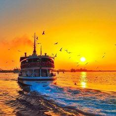 Istanbul City, Istanbul Turkey, Wonderful Places, Beautiful Places, Lion Wallpaper, Purple Sunset, Air Photo, World's Most Beautiful, Nature Photography